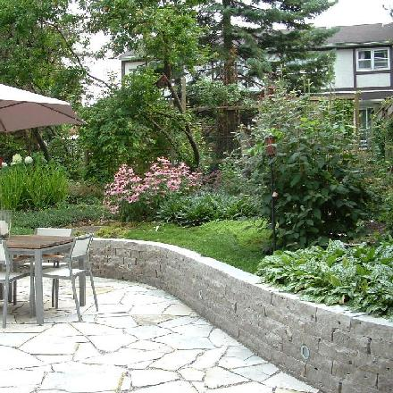 Natural Stone Retaining Walls Image